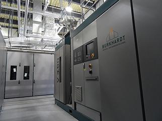 バイナリー発電機で電力として回収。